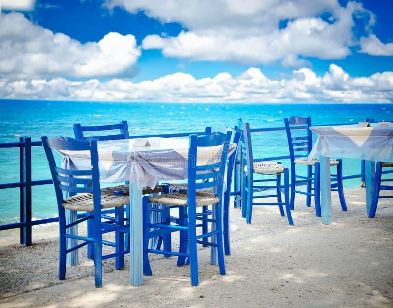 Griechische Taverne stockfotos
