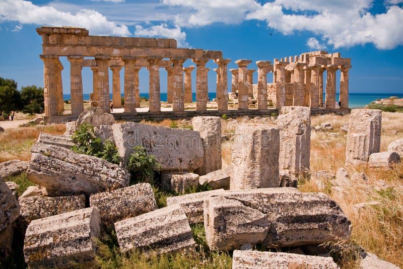 Griechischer Tempel in Selinunte lizenzfreies stockbild