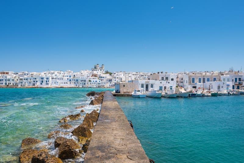 Griechisches Fischerdorf Naousa auf Paros-Insel, die Kykladen stockfoto