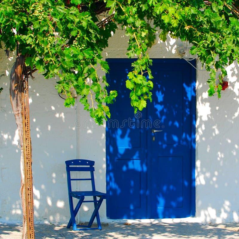 Griechisches kleines Haus in Rhodos stockfoto