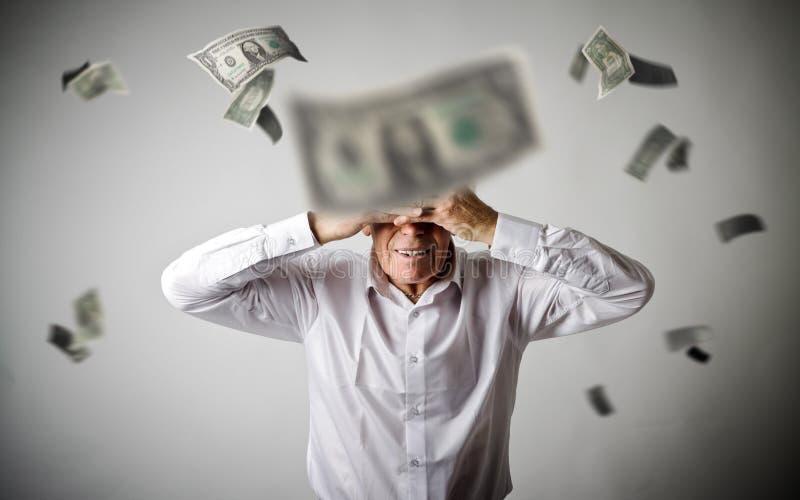 grief Ancião no branco e em dólares de queda Conceito da retirada fotografia de stock royalty free