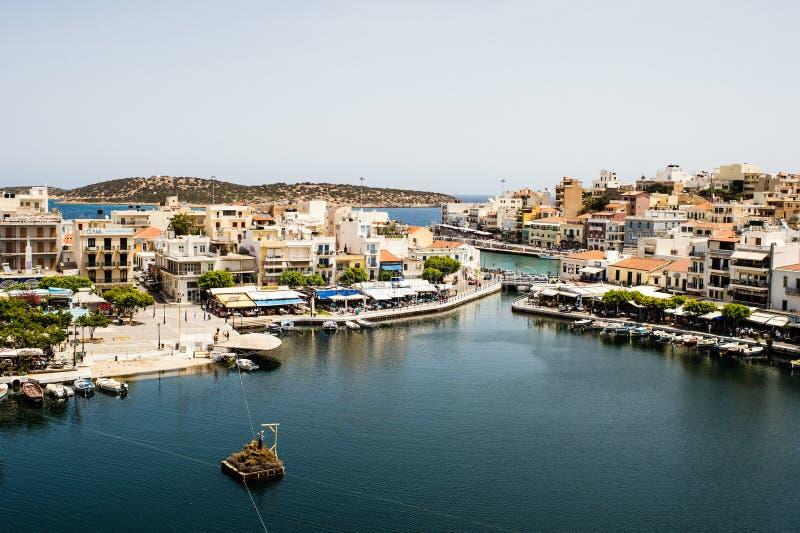 Griego Pascua en Creta en Agios Nikolaos Pascua en el lago Voulismeni imagen de archivo libre de regalías