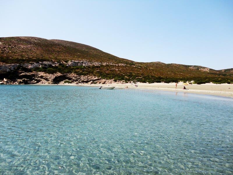 Grieks strand in Despotiko-Eiland, Griekenland royalty-vrije stock foto