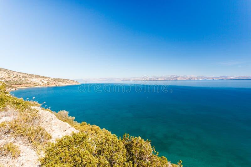 Griekse overzeese kustlijn, zeegezicht stock afbeeldingen
