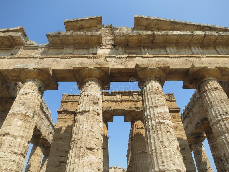Griekse Tempel in Paestum Italië royalty-vrije stock foto's