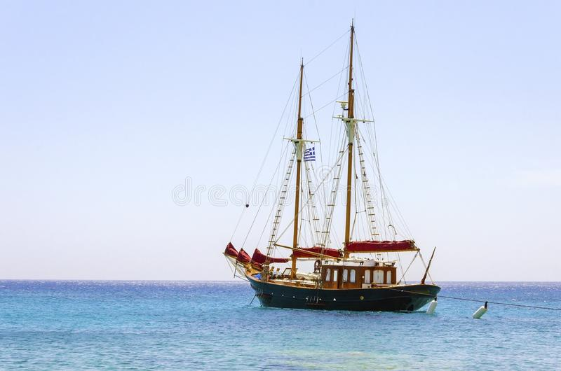 Griekse zeilboot stock fotografie