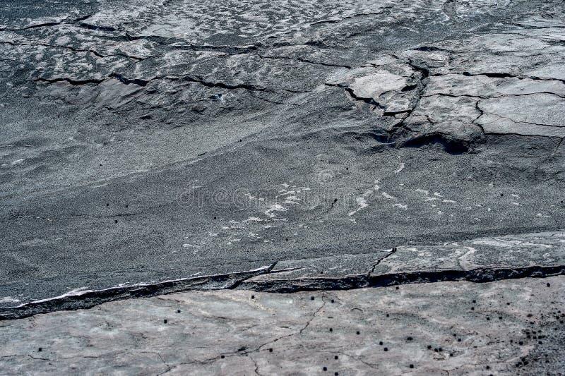 Grietas en la superficie de la tierra seca imagen de archivo libre de regalías