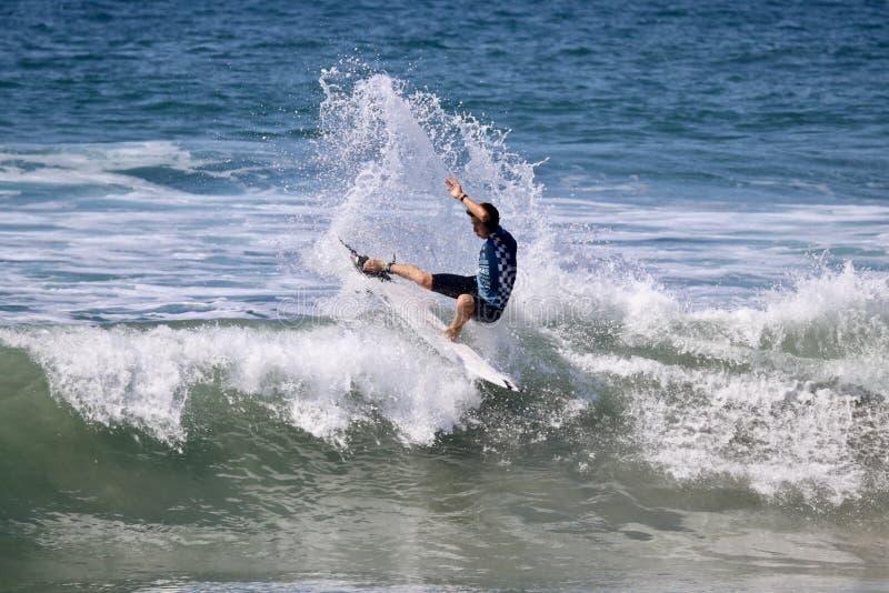Griffin Colapinto Surfing en el US Open de las furgonetas de practicar surf 2018 imagenes de archivo