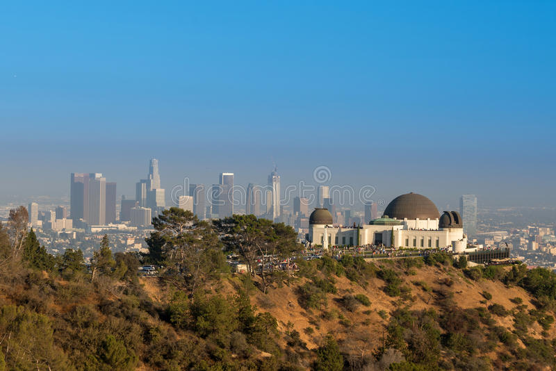 Griffith Observatory e Los Angeles del centro in CA immagini stock