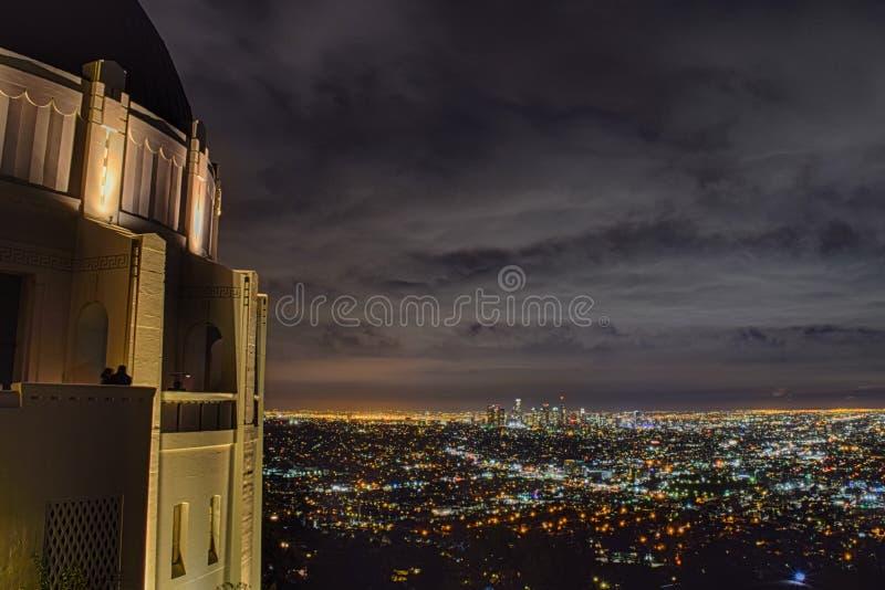 Griffith obserwatorium nocą - Markotne chmury obrazy royalty free