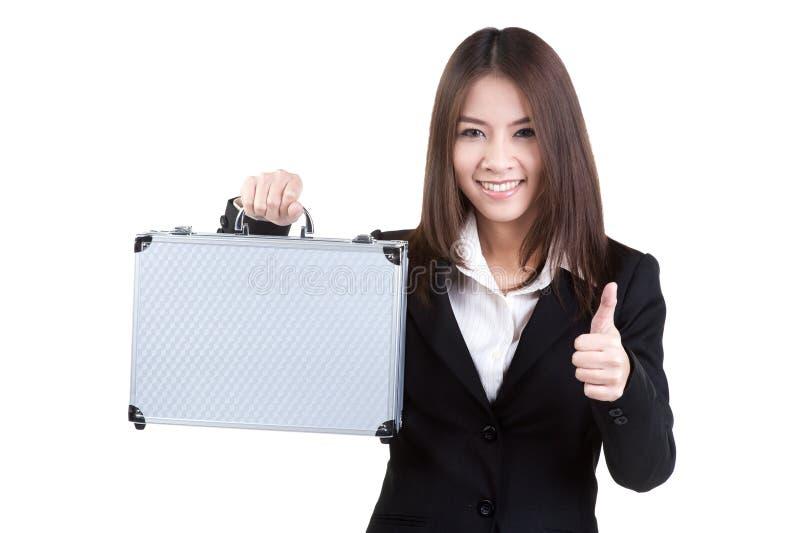 Grifftaschenklage der Geschäftsfrau attraktive lokalisiert stockfoto