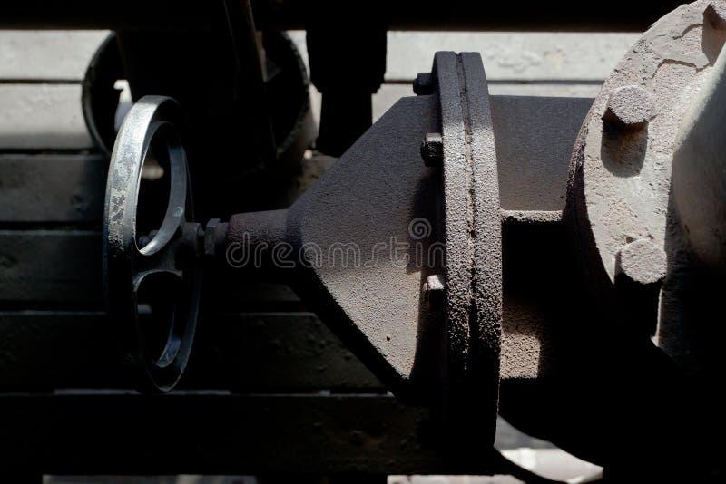 Grifo industrial Landschaftspark, Duisburgo, Alemania del golpecito de la válvula fotografía de archivo libre de regalías