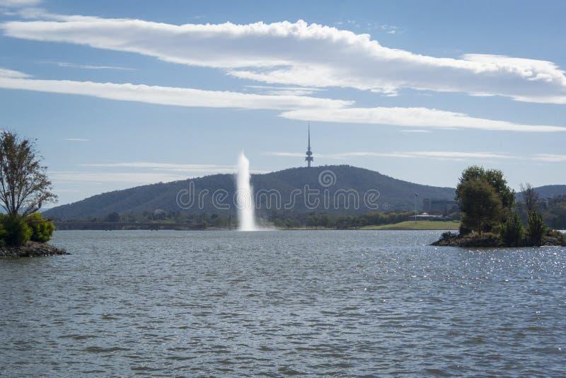 Grifone di Burley del lago, Canberra, Australia fotografia stock libera da diritti