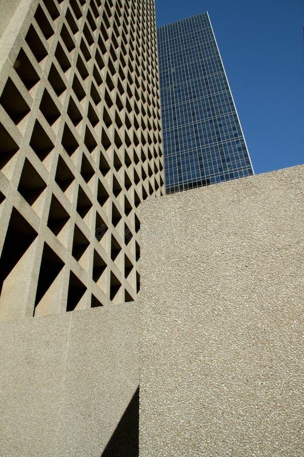Griglia astratta delle finestre in costruzioni moderne immagini stock