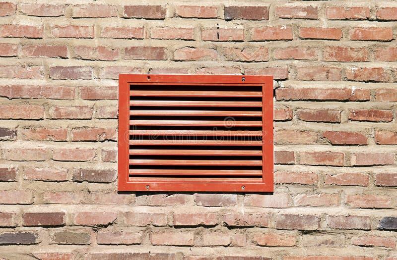 Griglia Rossa Di Ventilazione Fotografia Stock