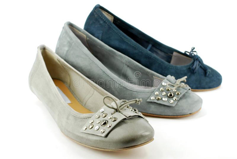 Grijze en blauwe ballet vlakke schoenen stock foto's