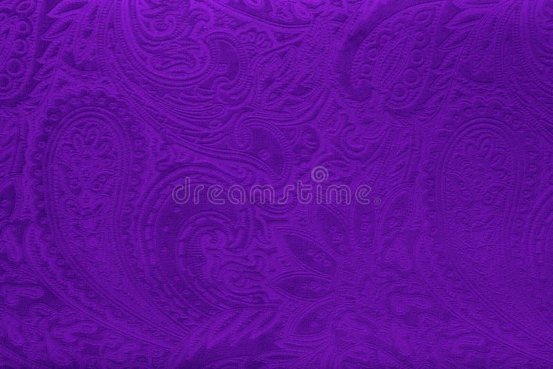Grijze of zilveren fluweelstof met een uitstekend elegant bloemenpatroon of een luxetextuur stock afbeeldingen
