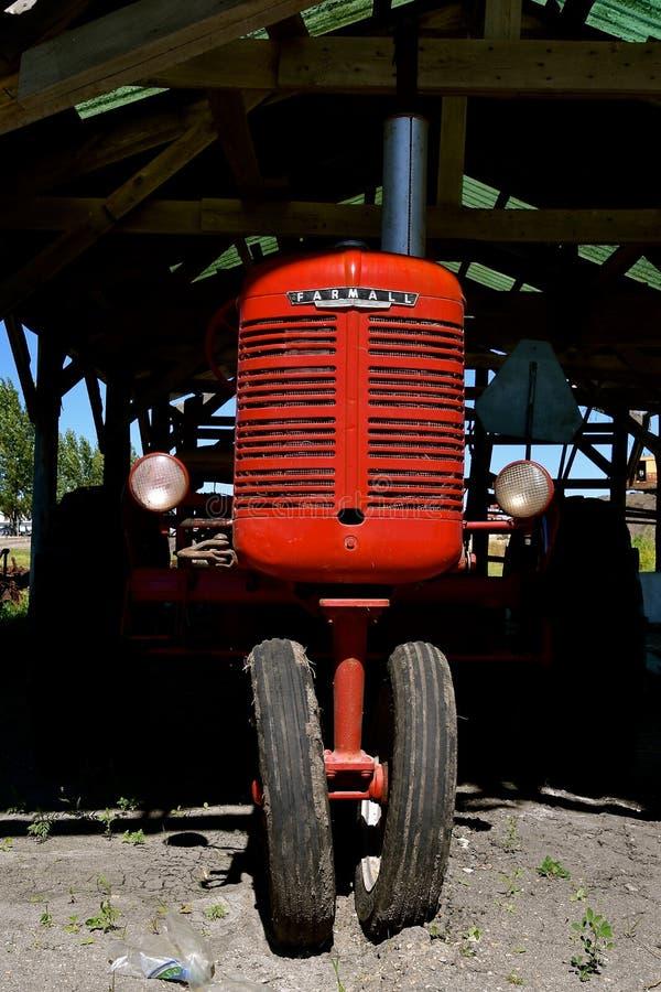 Grill van een herstelde tractor van B Farmall stock foto