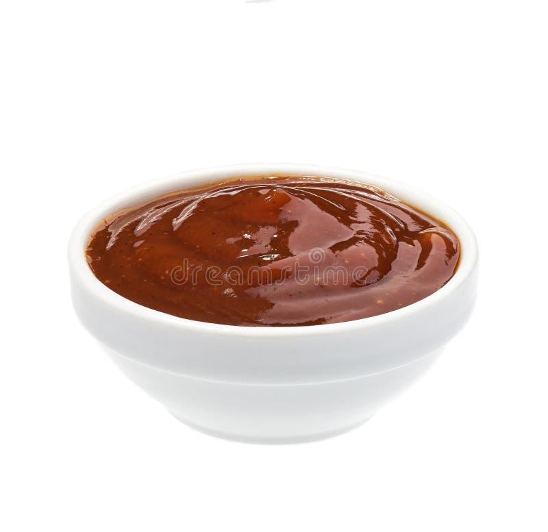 Grilla kumberlandu kumberland, grilla kumberland w ceramicznym pucharze odizolowywającym na białym tle obrazy stock