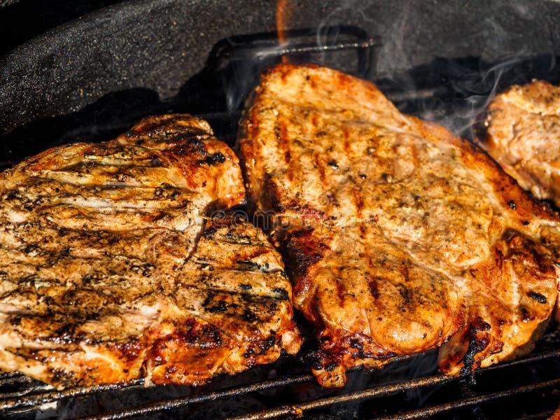 grilla meat royaltyfri foto