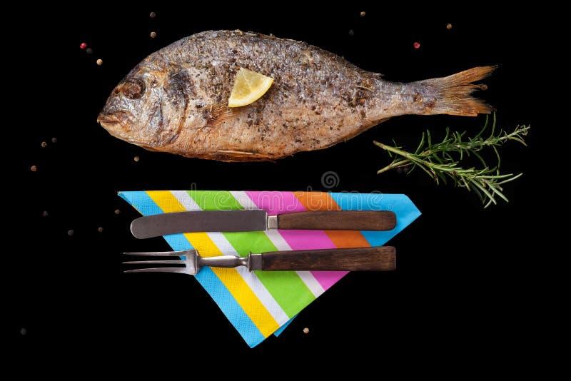 Grillad fisk för havsbraxen royaltyfria foton