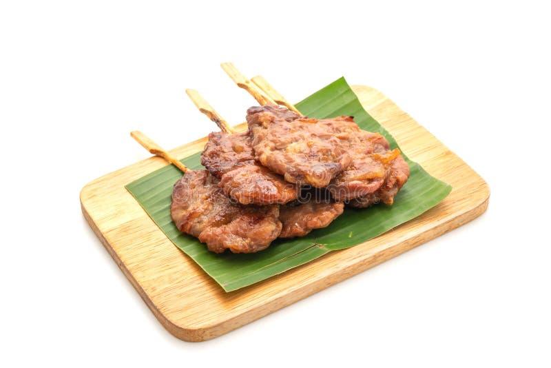 grillat skewered mjölka griskött med vita klibbiga ris royaltyfri foto
