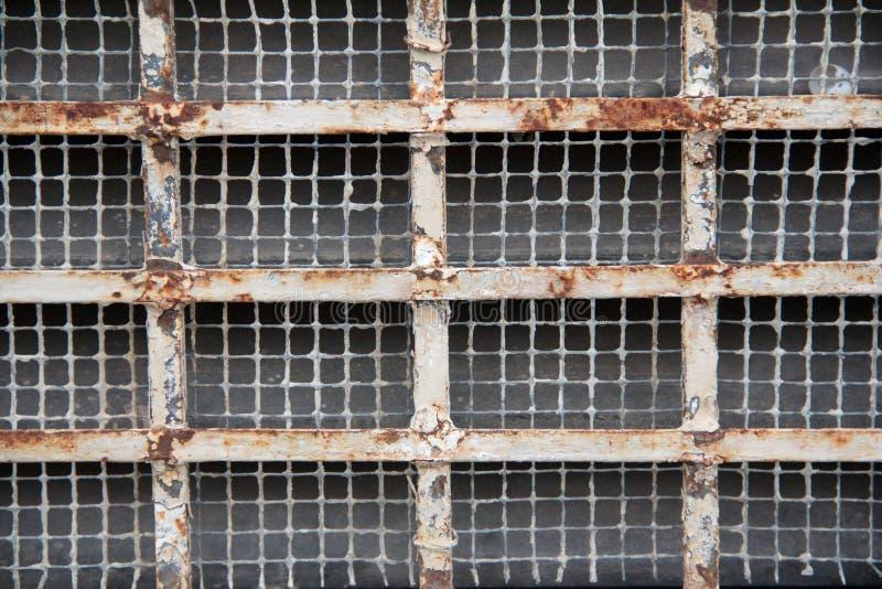 Grille rouillée en métal images libres de droits