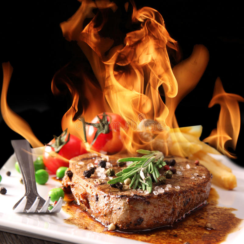 Free Grilled Beef Steak Royalty Free Stock Image - 25199716