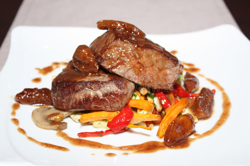 Grilled beef with vegetables