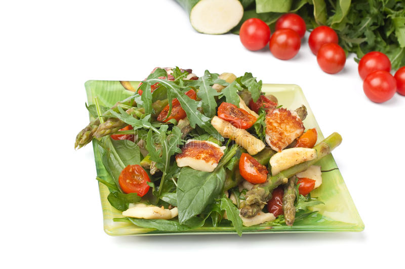 Grilled Halloumi and Vegetable Salad royalty free stock photos