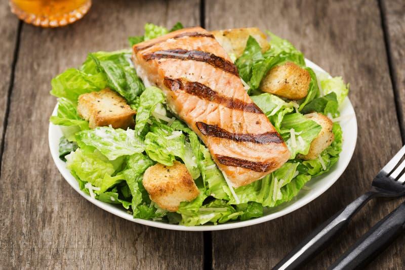 Znalezione obrazy dla zapytania Grilled Salmon Caesar Salad