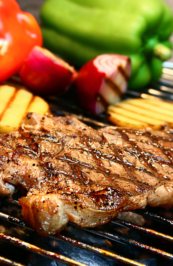 Free Grilled Steak Royalty Free Stock Photo - 2581985