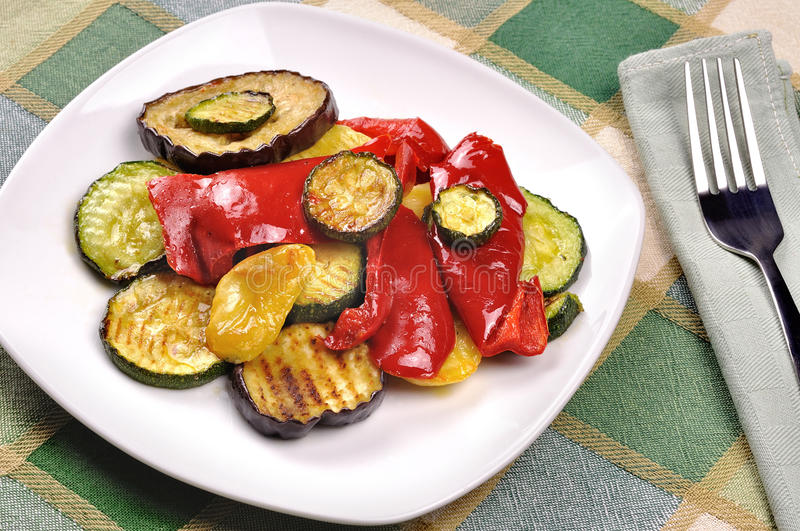 Download Grilled Vegetables On Dining Table Royalty Free Stock Photography - Image: 28268547
