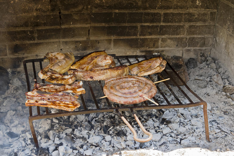 Grillfest för gallernötköttbiff royaltyfria bilder