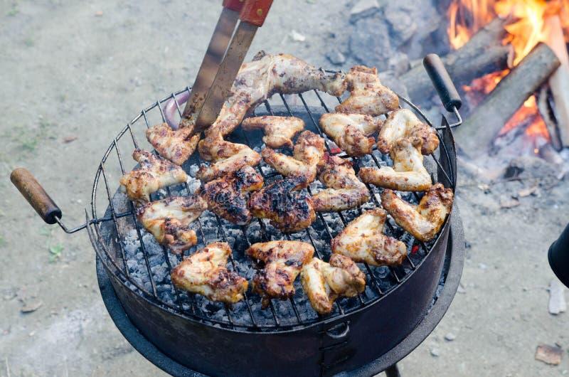 grilling στοκ φωτογραφία με δικαίωμα ελεύθερης χρήσης