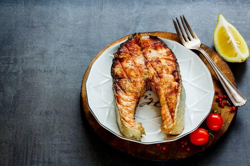 grillowany stek łososia obrazy stock