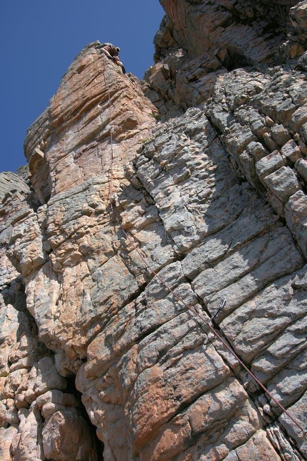 Grimpeur de roche photo stock