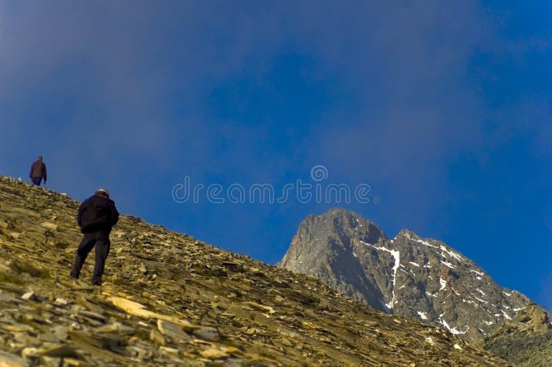 Grimpeurs de montagne d'haute altitude image stock