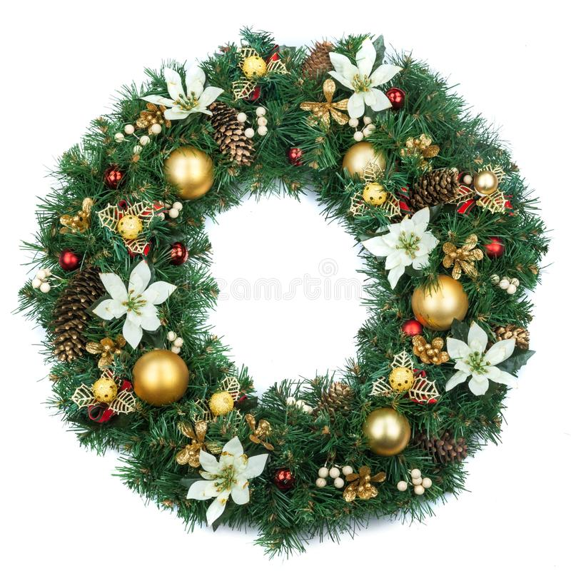 Grinalda decorativa do Natal no fundo branco fotografia de stock royalty free