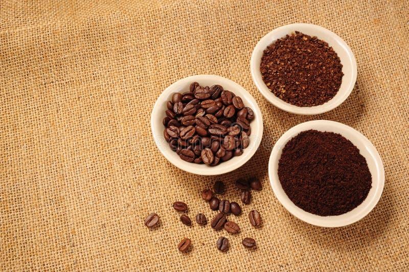 grinded kaffe royaltyfria bilder