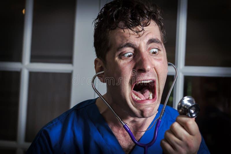 Gritando a enfermeira louca fotografia de stock royalty free