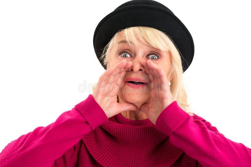 Gritaria da senhora idosa imagens de stock