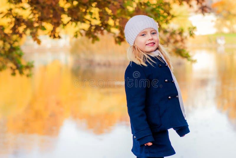 Griterío de la muchacha foto de archivo libre de regalías