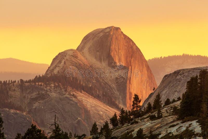 Großartige Ansichten von Yosemite Nationalpark im Herbst, Calif lizenzfreies stockfoto