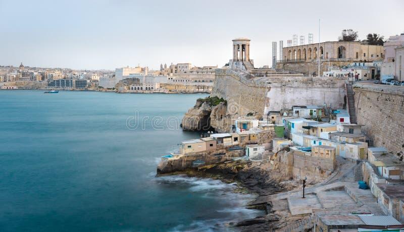 Großartige Hafenansicht mit Valletta-Seeseite, Malta stockbild