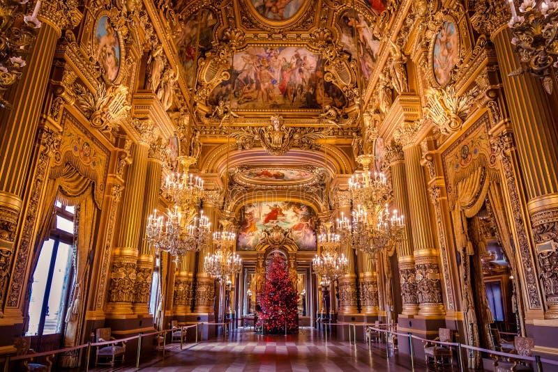 Großartige Halle der Oper Garnier Paris, Frankreich lizenzfreie stockfotografie