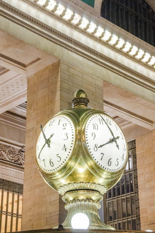 Großartige zentrale Stations-Borduhr stockbild