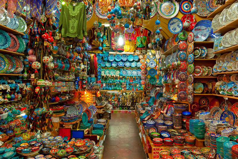 Großartiger Basar kauft in Istanbul. lizenzfreie stockbilder