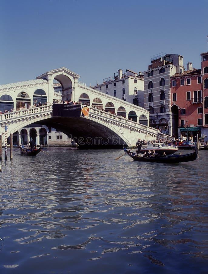 Großartiger Kanal und Rialto Brücke, Venedig, Italien stockfotografie