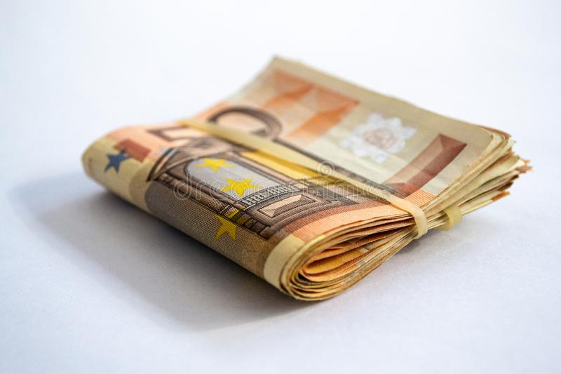 Gro?aufnahme eines Pakets von gefaltet 50 Eurobanknoten stockbild